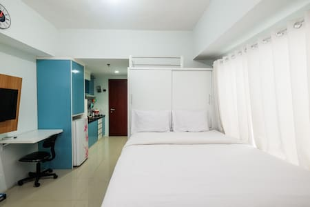 Comfy Studio Tamansari Mahogany Apartment