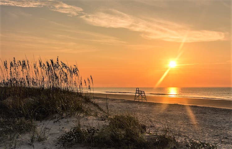 616 Surf Villas, Oceanfront, BAM Vacation Rentals