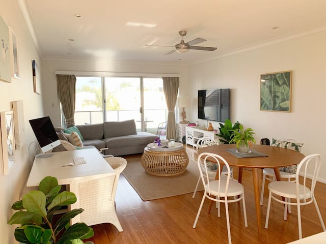 Bright and Breezy Summer Apartment