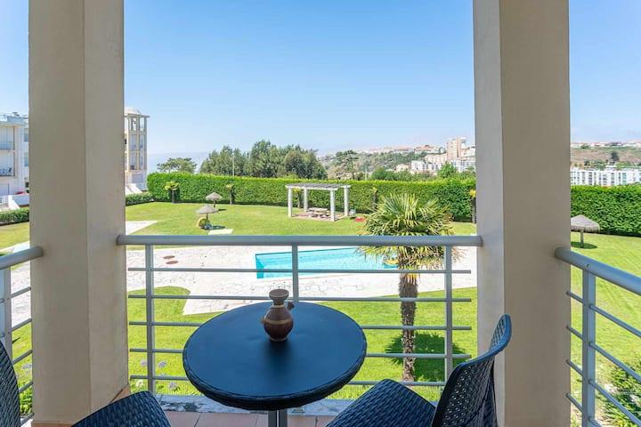 Apartamento T2 com piscina para Férias em Nazaré