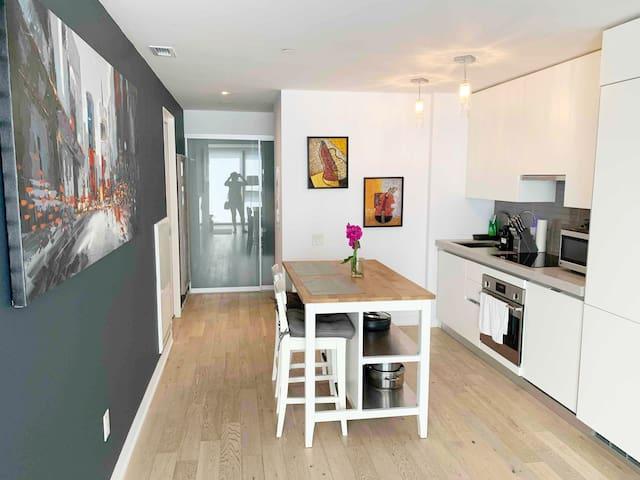 Super Host Luxurious Downtown Toronto