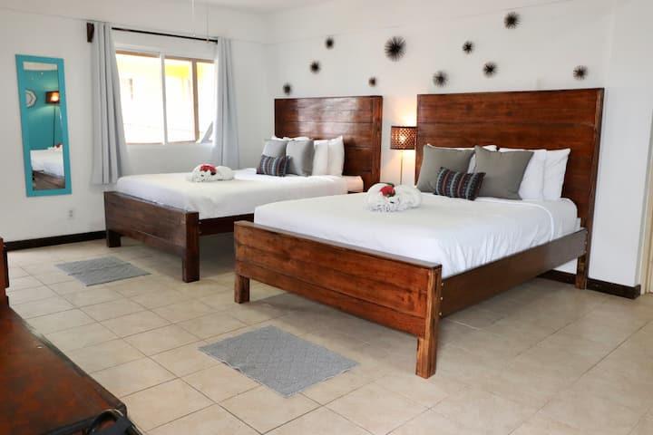 (#12) Deluxe Room - Private Balcony @Parhamplaza