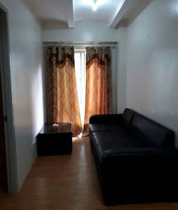 1 BR condo/w pool. ONLY LONG TERM BOOKING AVAIL