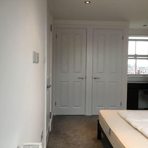 East Finchley Double Loft Room