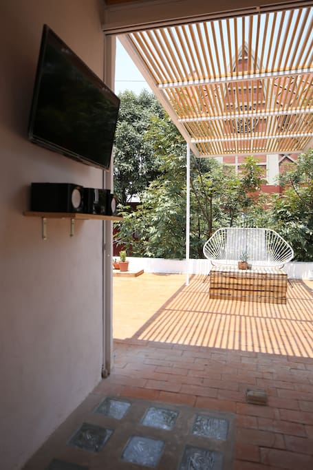 """Another view of the terrace. 32"""" screen, bluetooth stereo and Apple TV."""