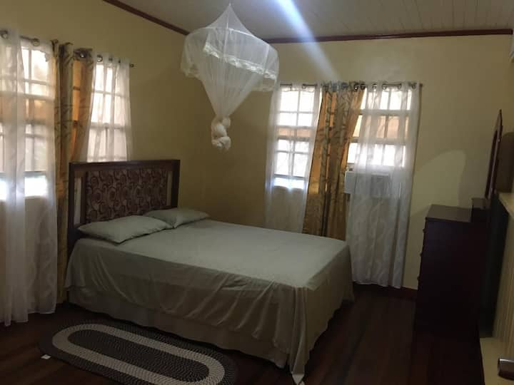 Fully furnished 3 bedroom with A/c free wifi