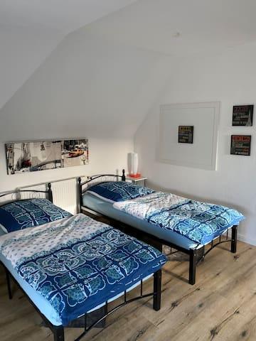 Monteur/Ferienzimmer im Zweifamilienhaus