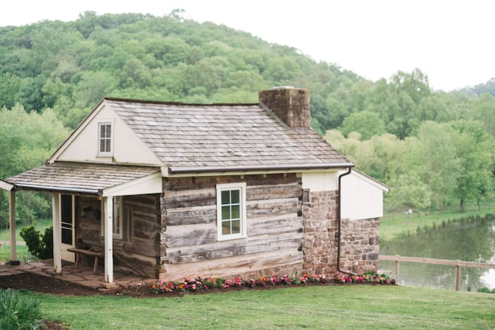 1700s Log Cabin on Beautiful Hopeland Farm