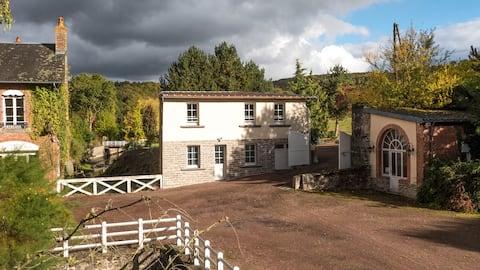Encantadora casa de campo contemporánea en el paraíso normando