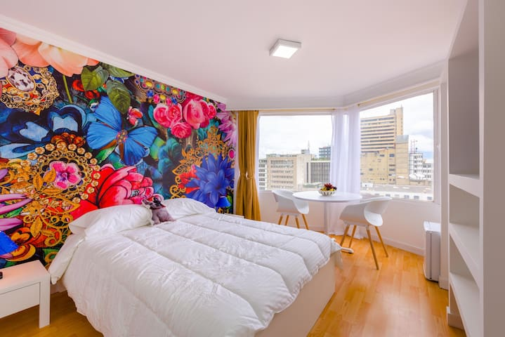 Amaizing apt, great view & near to Museo del Oro - Bogotá - Apartment