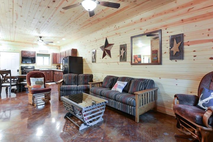Quail Cove Resort Premium Condo Pine
