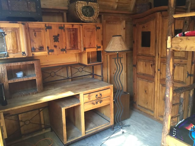 Rustic Glamping Cabin (Wurzy's Cabin) - Los Angeles - Cabane