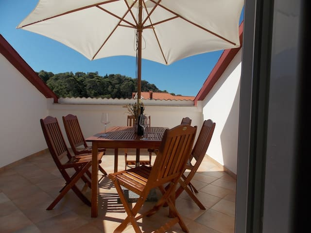Nice apartment for your holiday(6+3 - Rab - Appartement