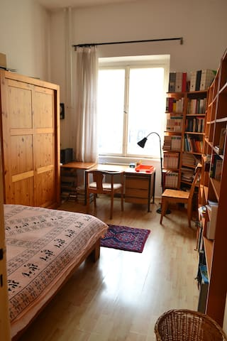 flat for up to 4 person in wilmersdorf - Berlin - Daire