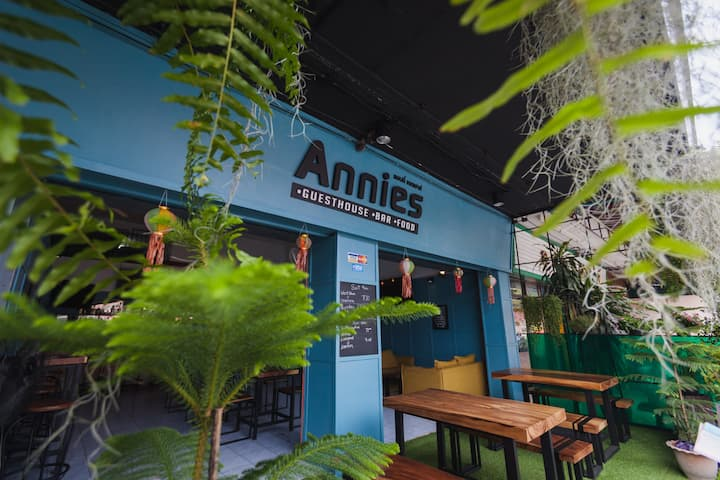 Annies1