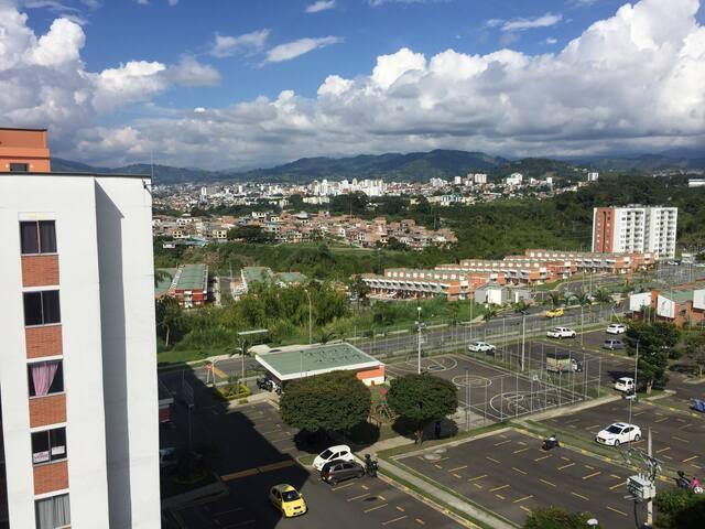 Apto amoblado a 15 min del centro de  Pereira
