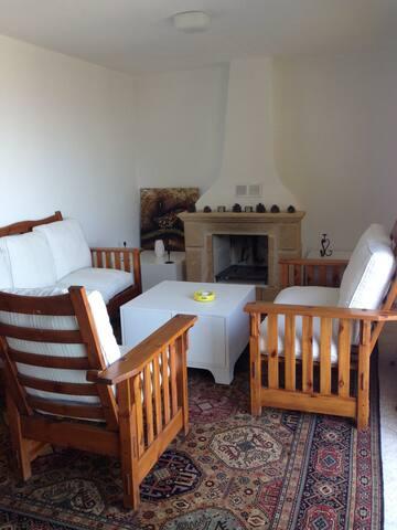 Lovely house in Ambelia Bellapais - Girne - Huis