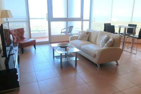 17th Floor Spacious 2 Bedroom Pacific Ocean Views - Playa Coronado