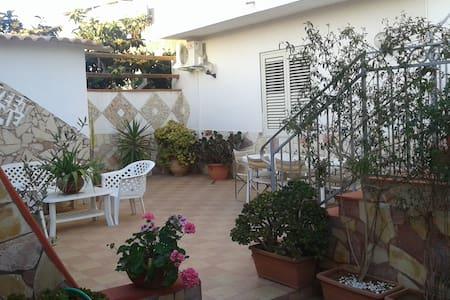 Appartamento a 3km dal mare - Marsala - Apartmen