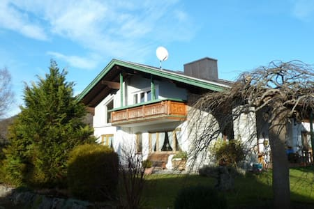Ruhiges Haus in traumhafter Lage - Ruhpolding