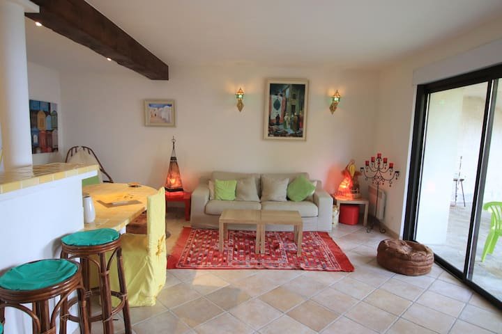 Mare sole: wonderful 2 beds flat