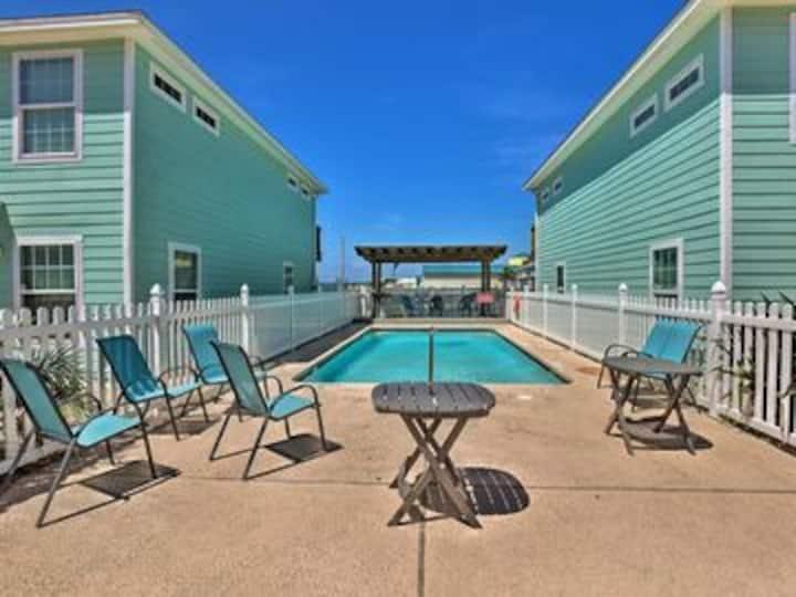 Feelin' Beachy- Gulfside Condo w Heated Pool