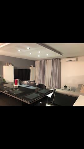 1 chambre 2 lits simple appartement 3 pièces 80m2