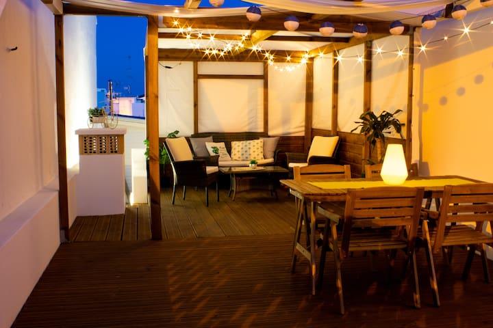 Casa Da Açoteia - excellent rooftop, perfect chill