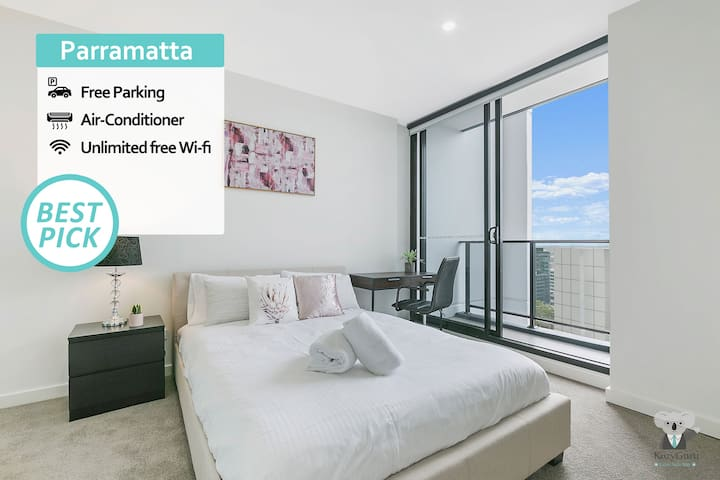 KOZYGURU | Parramatta CBD | Luxury 2 Bed APT + Free Parking | Long Term Available