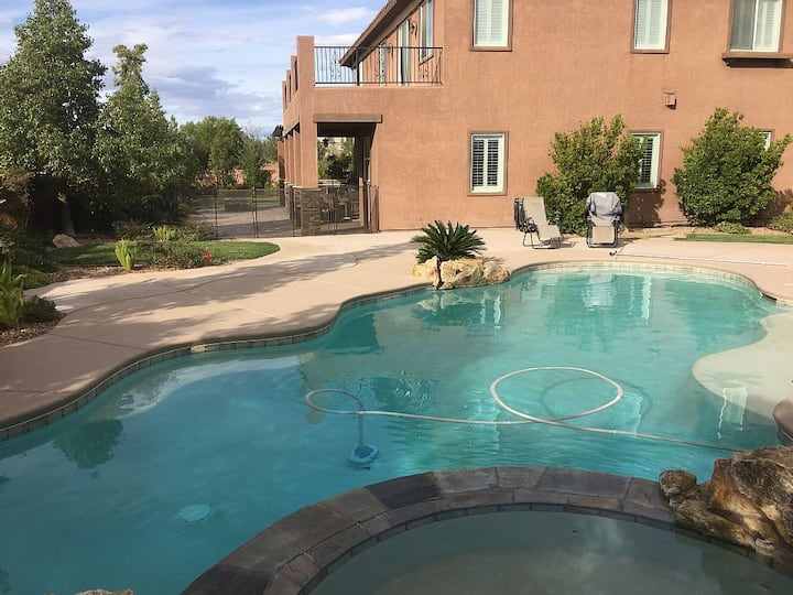 Beautiful gated home in Southwest LV with pool