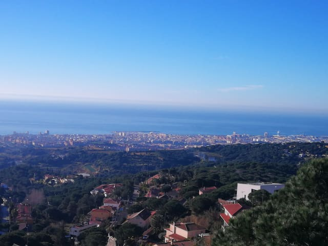 Barcelona, Maresme y Montseny *Bed & Breakfast(B)