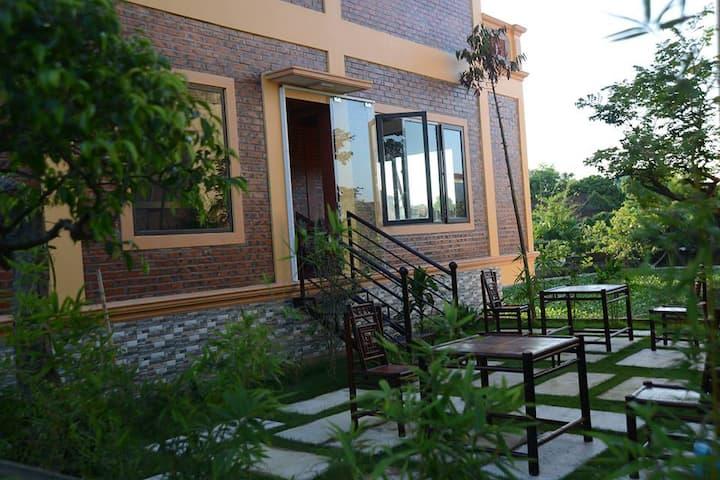 Ninh Bình River side 2