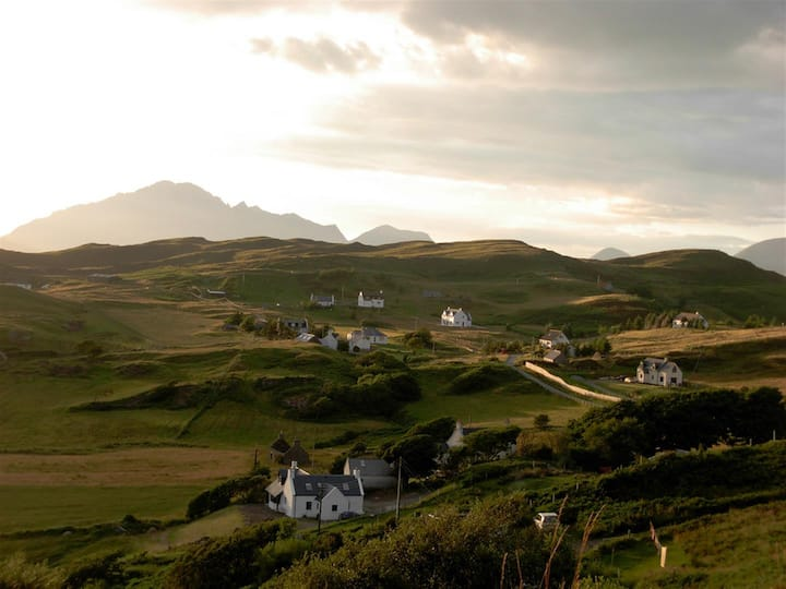 11 Tarskavaig (The Willows), B&B, IV46 8SA -Room 2