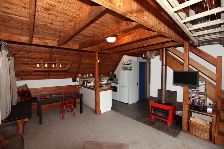 A Chalet for Summer and Winter - Ohakune - Hytte (i sveitsisk stil)