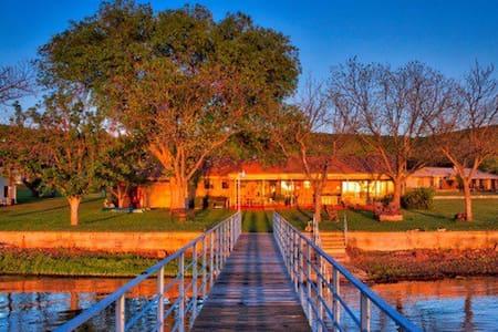 Lakefront home on Lake Buchanan. - Burnet