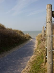 Enjoy the silence at the seaside - De Panne