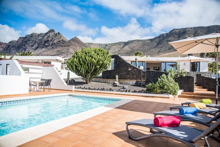 Villa Marquesa with private pool and amazing views