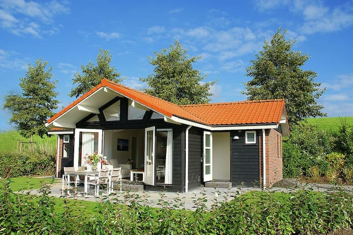 Modern Holiday Home in Kattendijke near Beach