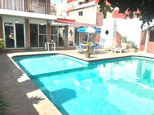 Bonita Casa Privada en Delicias *alberca y jardin*