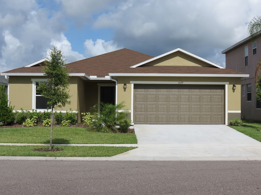 3 Bedrooms 2 Heads Stylish Close To Disney Houses For Rent In Kissimmee Florida United States