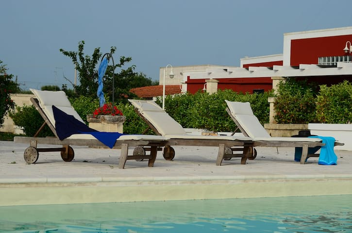 Morello - apartment in typical masseria with pool