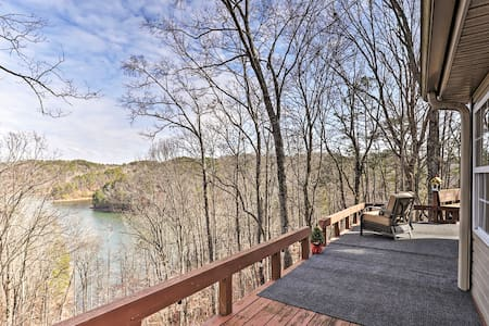 NEW! 'Lakeview Hideaway' on Carters; Boat & Hike!