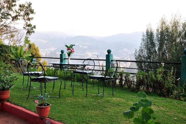 Heritage Colonial Bungalow Ooty
