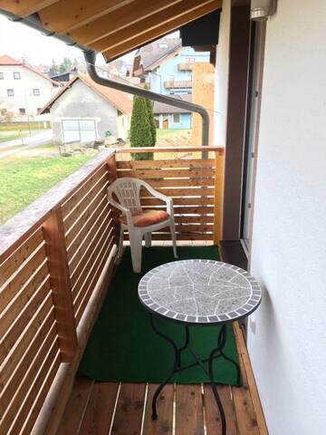 Kleines Zimmer für Einzelperson - Obereching - Flat