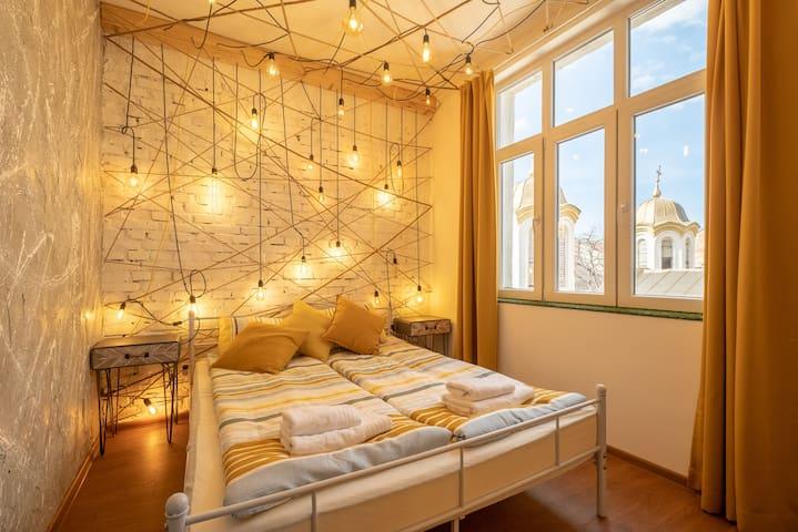 ★ Romantic Fireflies Garden & Best Location ★ AC ★