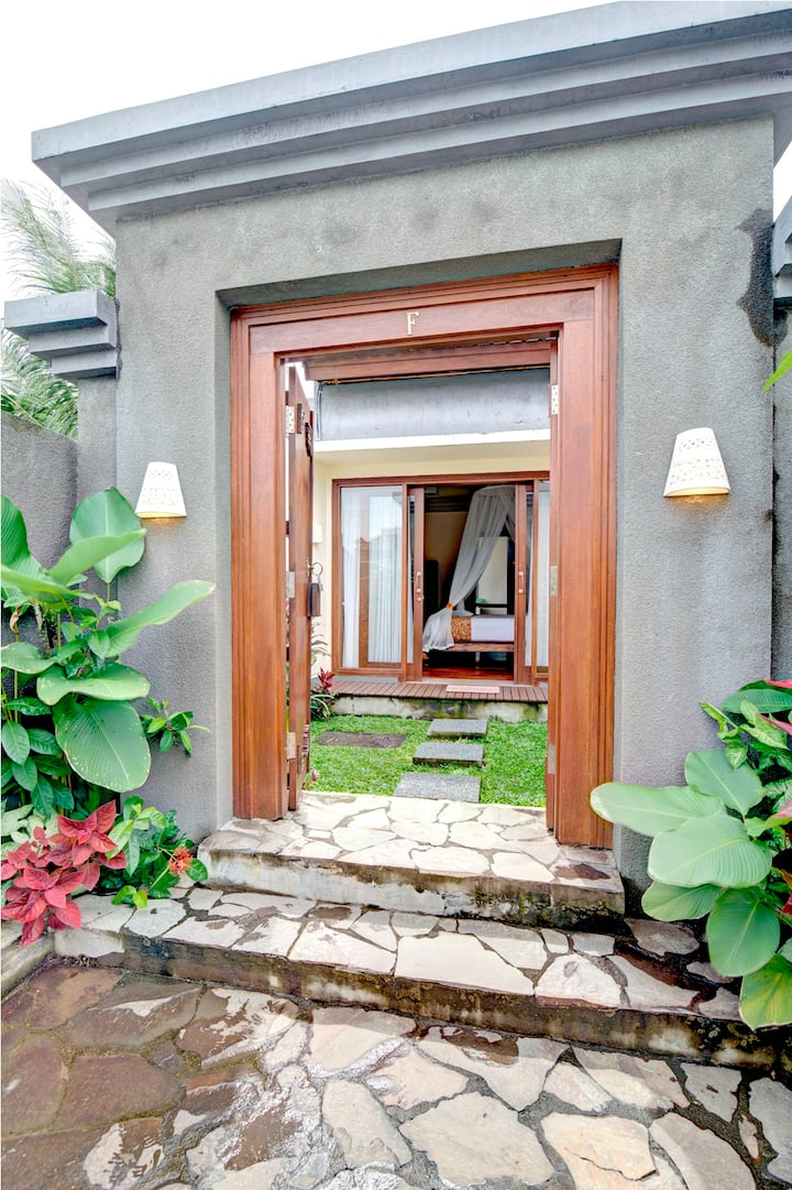 A Comfy Deluxe Room - Ubud