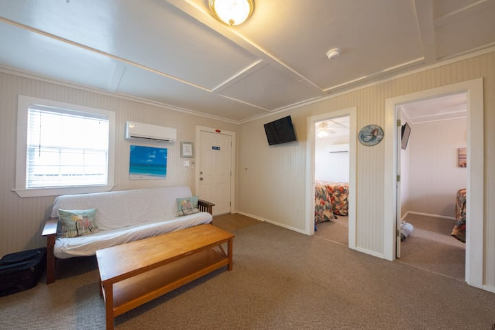 Gulf Front Suite - Blue Dolphin Inn and Cottages