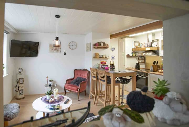 Romantic Klaksvik apartment