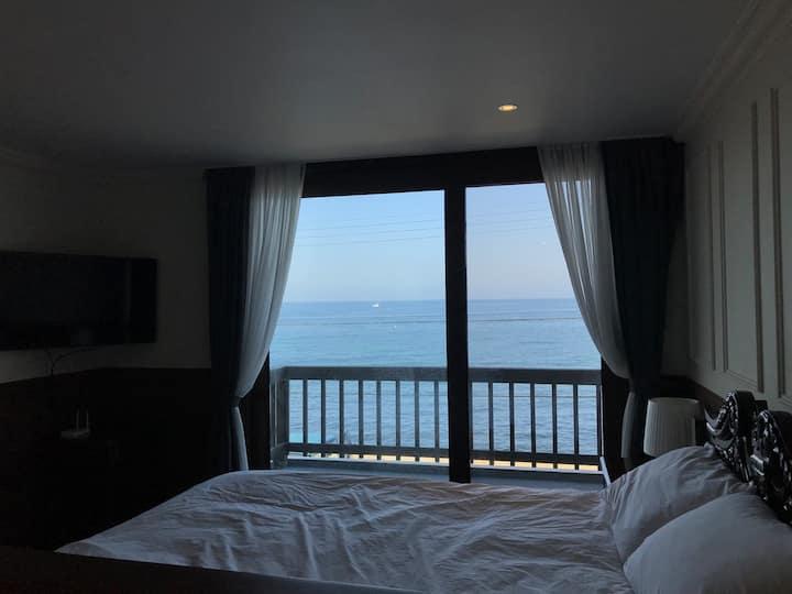 애월바다 바로 앞/객실, 욕조 완벽오션뷰ღ Jeju on the sea #standard