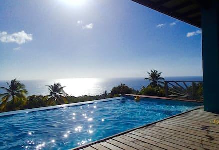 Bamboo Villa St. Lucia - La Pointe - Villa